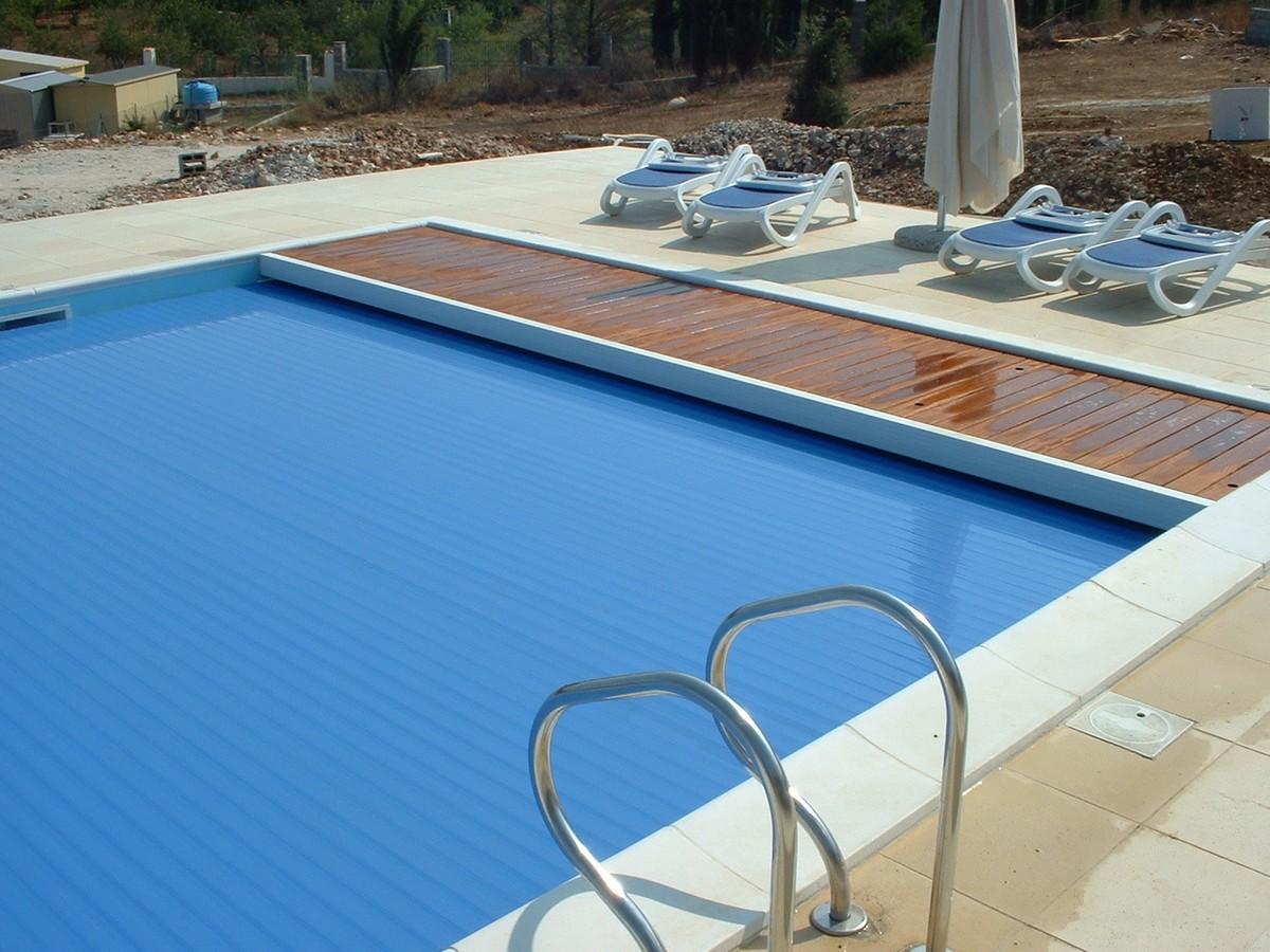 Interrate archivi quanto costa una piscina interrata - Quanto costa mantenere una piscina ...