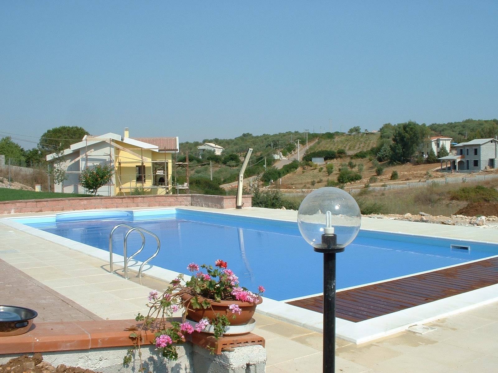 Quanto costa una piscina stunning quanto costa una - Piscine interrate prezzi chiavi in mano ...
